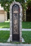 Column mounted MailKeeper mailbox